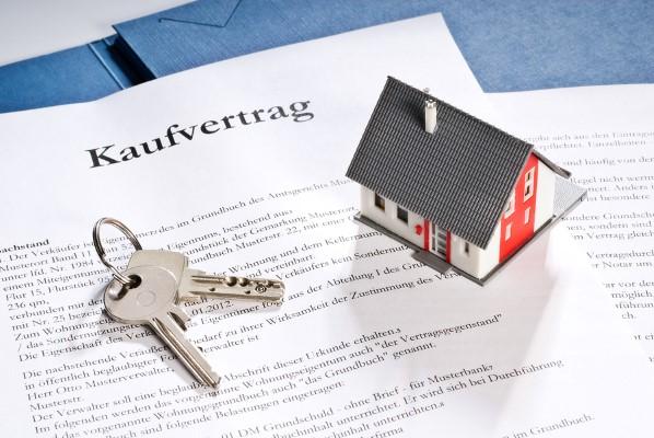 Notarieller Immobilienkaufvertrag Haus