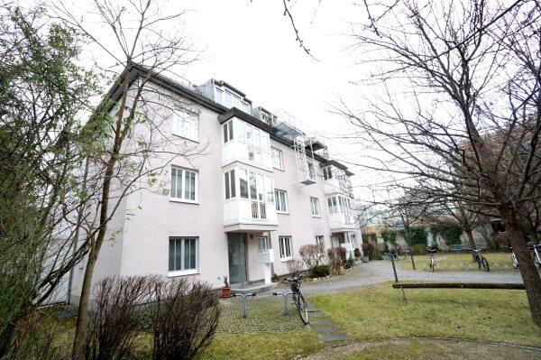 Ruhige und helle 4-Zi-Dachmaisonette-Wohnung in Milbertshofen zu verkaufen