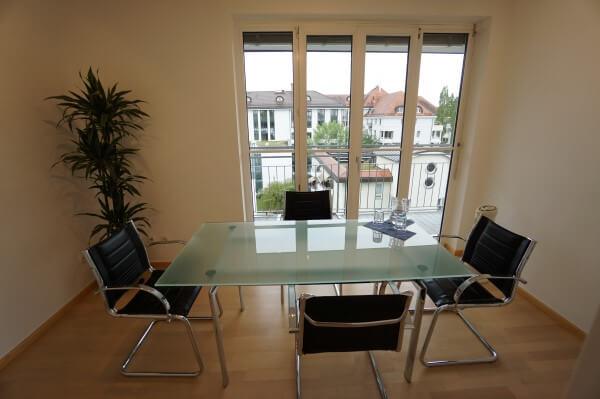 Immobilien stressfrei verkaufen durch Makler Rainer Fischer