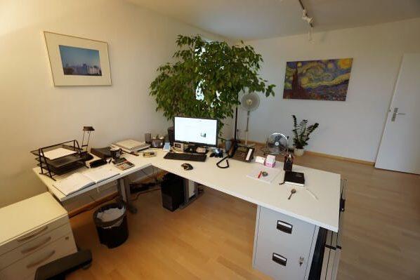 Makler Rainer Fischer hilft bei Ihrem stressfreien Immobilienverkauf