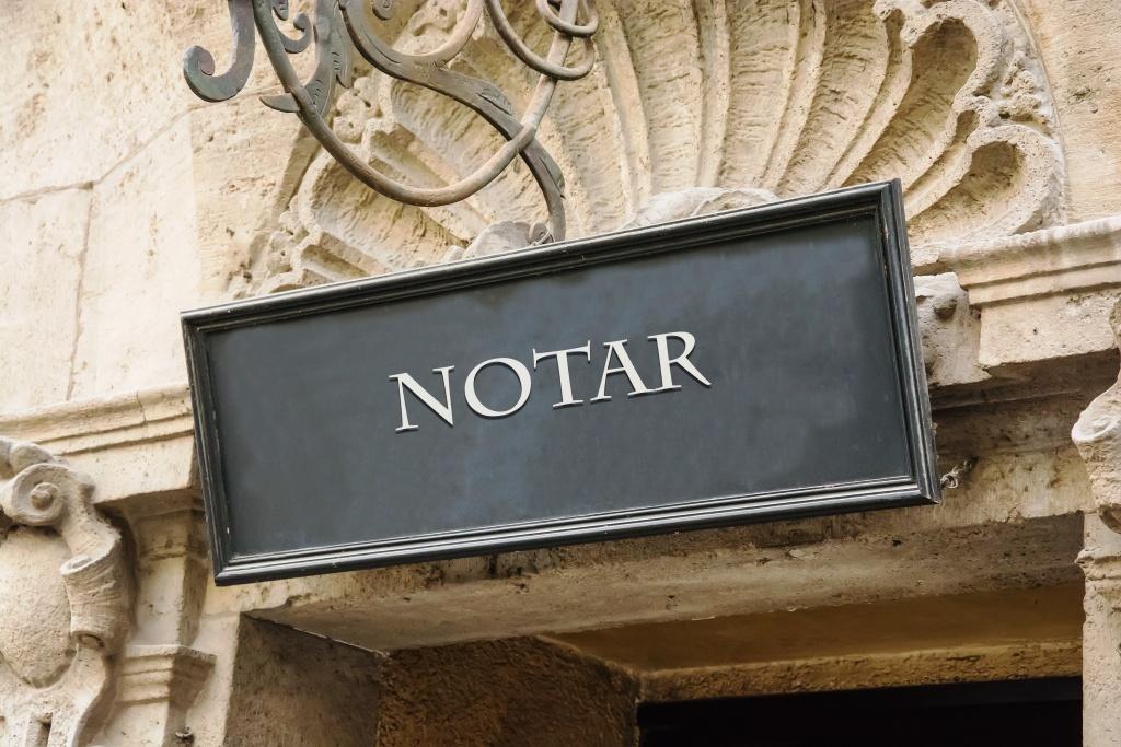 Wohnung verkaufen Notar