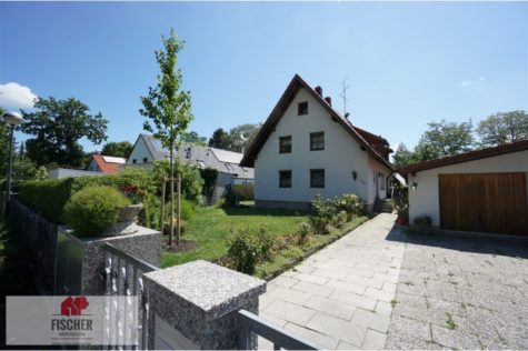 VERKAUFT – Vermietete Doppelhaushälfte in Gröbenzell, 82194 Gröbenzell, Doppelhaushälfte