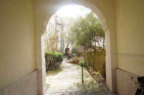 VERKAUFT: Vermietete Altbauwohnung in ruhiger Innenhoflage  von München-Laim, 80687 München, Etagenwohnung