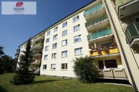 VERKAUFT – Garching: Unrenovierte 3-Zi-Wohnung in zentraler und trotzdem ruhiger Lage, 85748 Garching, Etagenwohnung