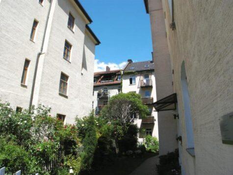 Haidhausen-Bazeillesstr., 4-Zi.-Dach-Galeriewohnung mit Terrasse im Altbau – VERKAUFT, 81669 München, Dachgeschosswohnung