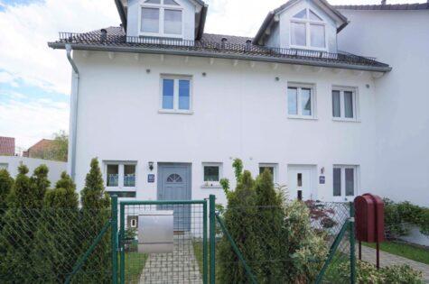 VERMIETET – DHH mit niedrigen Nebenkosten in Aubing zu vermieten, 81243 München, Doppelhaushälfte